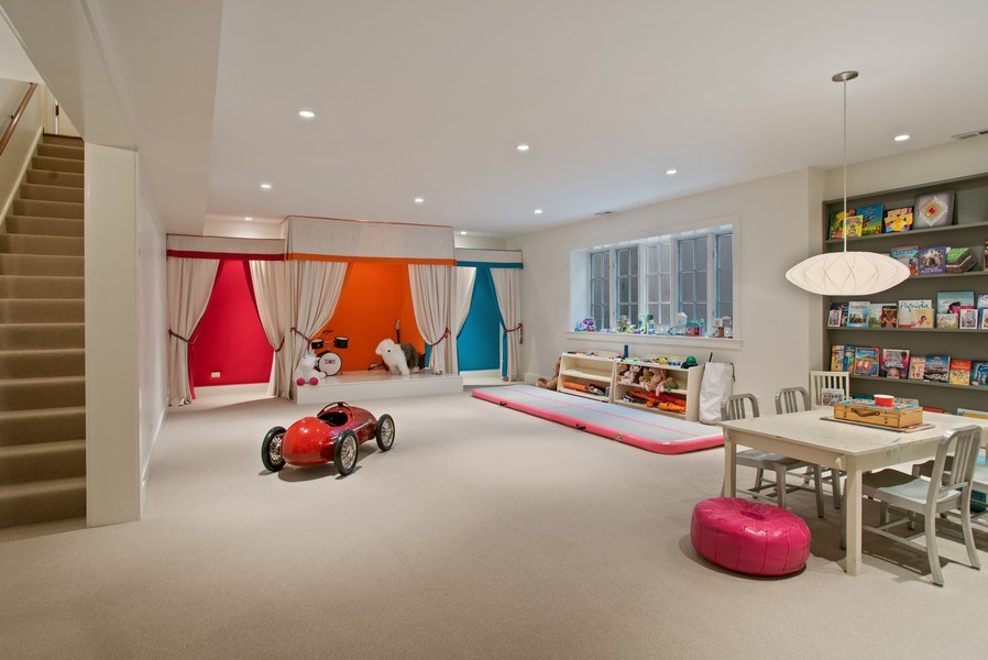 Real Estate Photography - 111 E. ONWENTSIA Road, Lake Forest, IL, 60045 - Play / Recreational Room