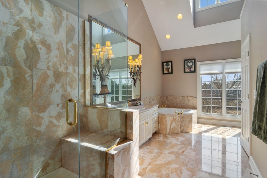Real Estate Photography - 15 Woodview Lane, Inverness, IL, 60067 - Master Bathroom 1