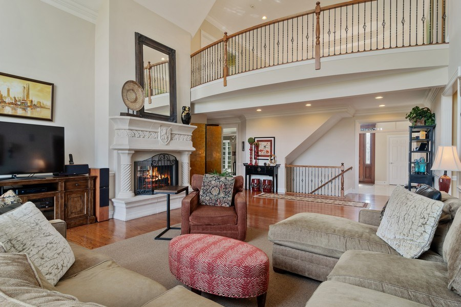 Real Estate Photography - 15 Woodview Lane, Inverness, IL, 60067 - Family Room
