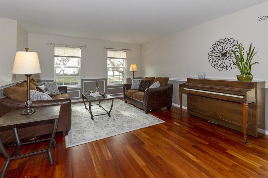 Real Estate Photography - 2400 Mckenzie Court, Aurora, IL, 60503 - Living Room