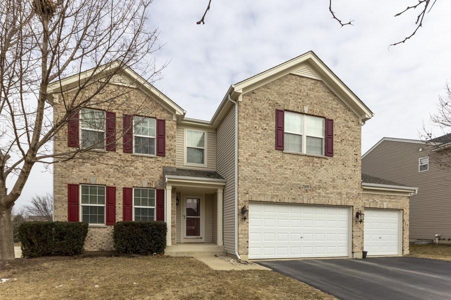 Real Estate Photography - 2400 Mckenzie Court, Aurora, IL, 60503 - Front View