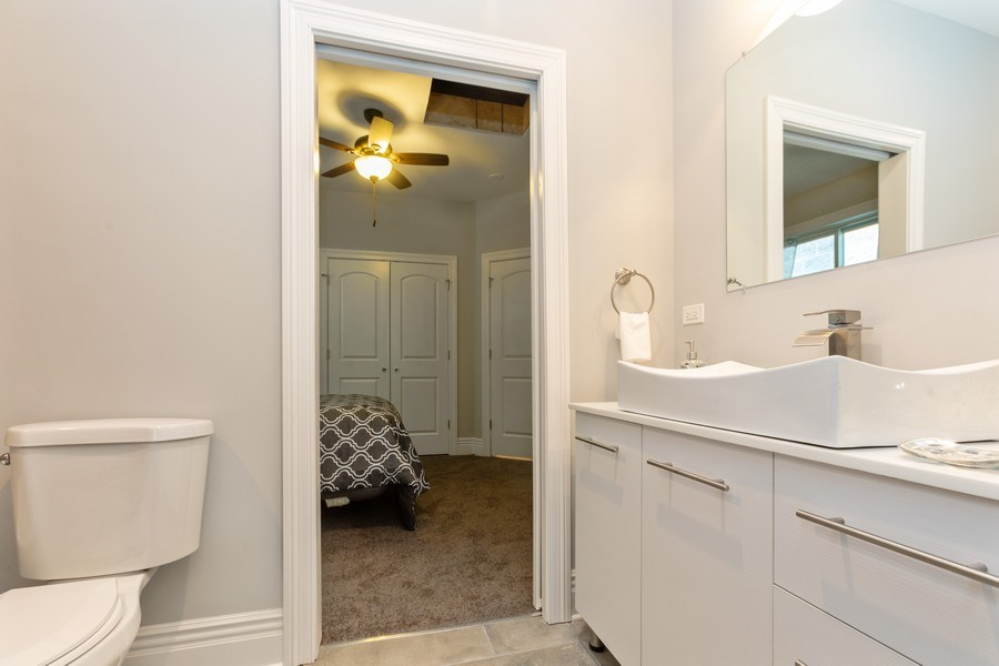 Real Estate Photography - 4607 S. Calumet Avenue, Chicago, IL, 60653 - 2nd Bathroom