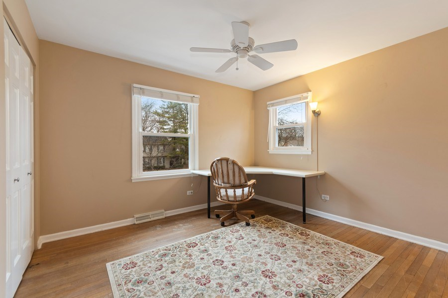 Real Estate Photography - 204 E. 14th Avenue, Naperville, IL, 60563 - 2nd Bedroom