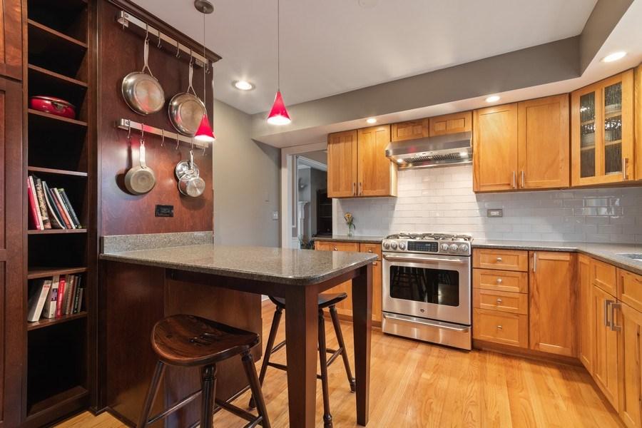 Real Estate Photography - 204 E. 14th Avenue, Naperville, IL, 60563 - Kitchen