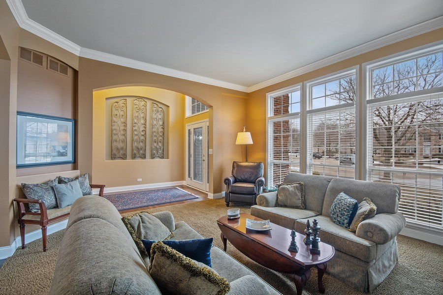 Real Estate Photography - 1508 Cocalico Court, Naperville, IL, 60563 - From the living room-notice the B/I art niches