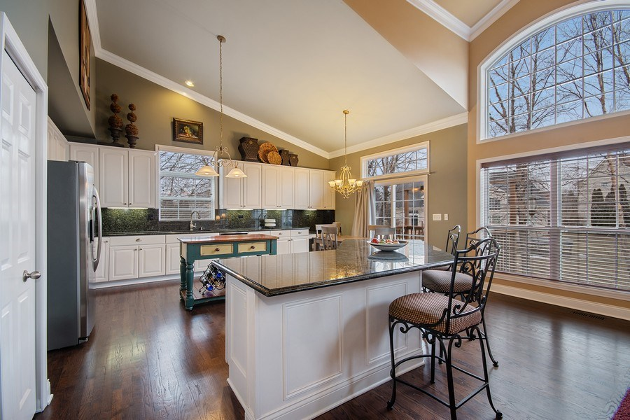 """Real Estate Photography - 1508 Cocalico Court, Naperville, IL, 60563 - """"On point"""" white kitchen with granite & SS"""