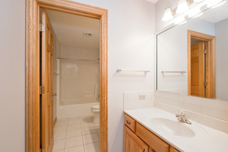 Real Estate Photography - 1043 Devonshire Drive, Sycamore, IL, 60178 - Second Floor Hall Bath