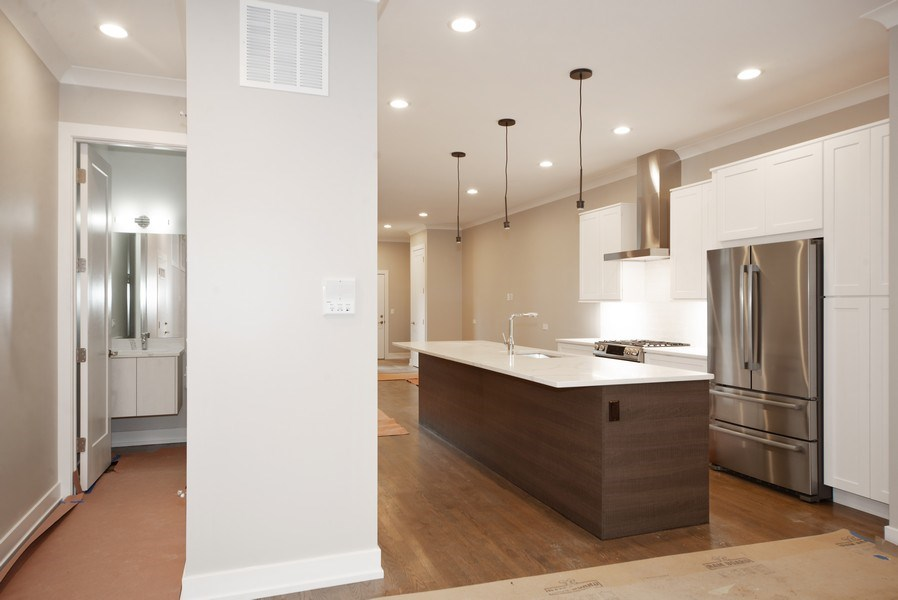 Real Estate Photography - 1466 W. Winona Street, Unit 3, Chicago, IL, 60640 - Kitchen