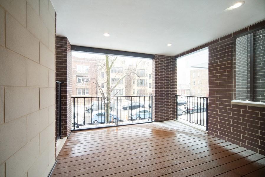Real Estate Photography - 1466 W. Winona Street, Unit 3, Chicago, IL, 60640 - Deck