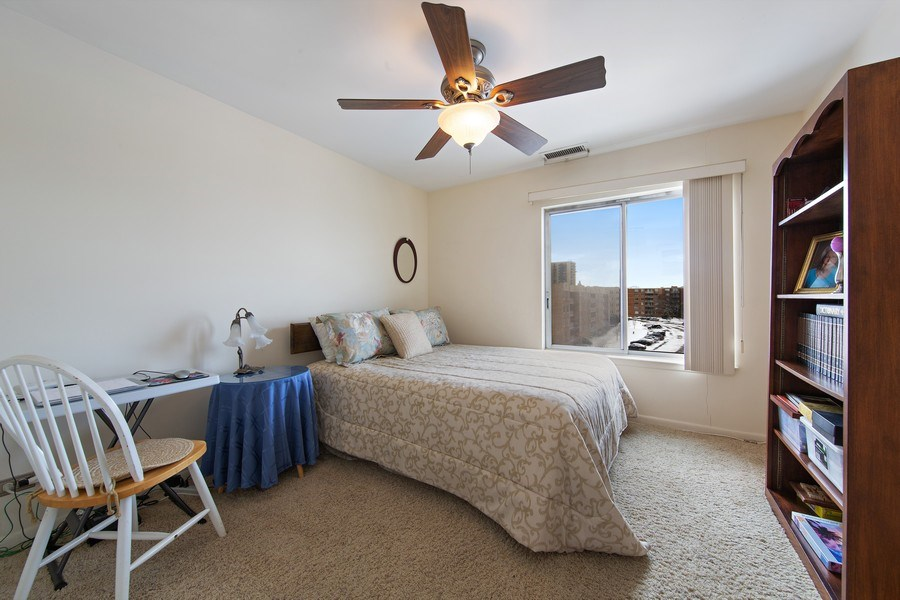 Real Estate Photography - 2201 S. Grace Street, Unit 507, Lombard, IL, 60148 - Bedroom 2