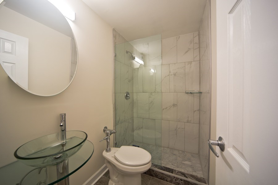 Real Estate Photography - 3550 N. Lake Shore Drive, Unit 2311, Chicago, IL, 60657 - Master Bathroom