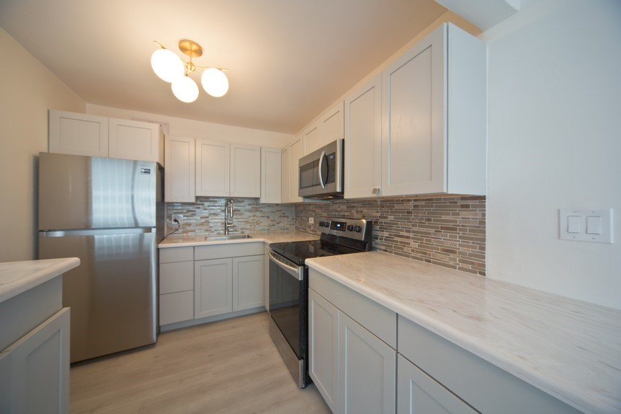 Real Estate Photography - 3550 N. Lake Shore Drive, Unit 2311, Chicago, IL, 60657 - Kitchen