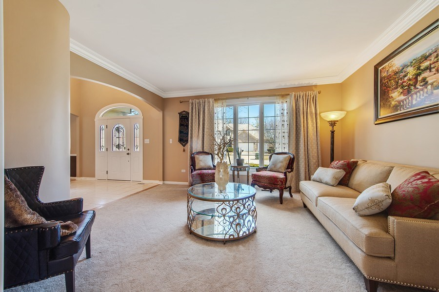 Real Estate Photography - 2220 Palmer Circle, Naperville, IL, 60564 - Living Room