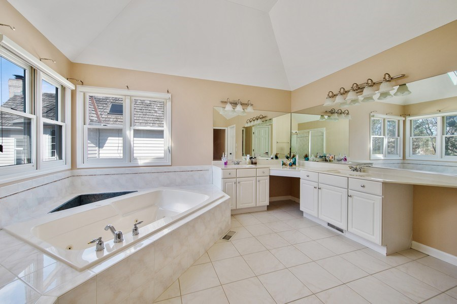 Real Estate Photography - 2220 Palmer Circle, Naperville, IL, 60564 - Master Bathroom