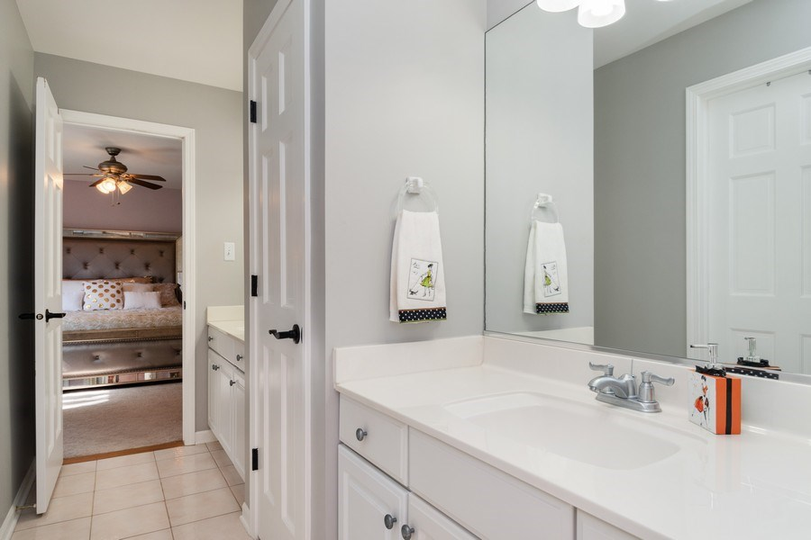 Real Estate Photography - 2220 Palmer Circle, Naperville, IL, 60564 - 2nd Bathroom