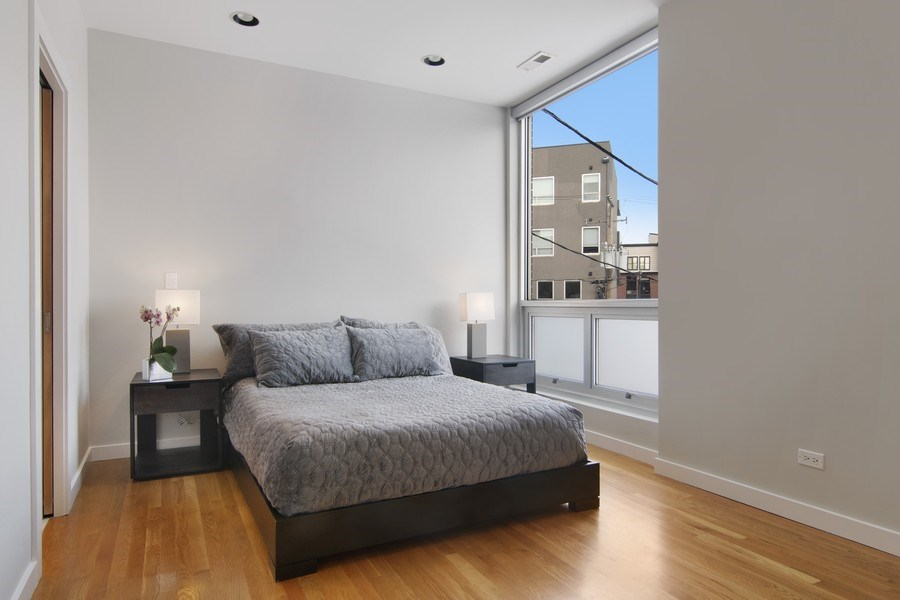 Real Estate Photography - 1721 N. SHEFFIELD Avenue, Unit 202, Chicago, IL, 60614 - Master Bedroom