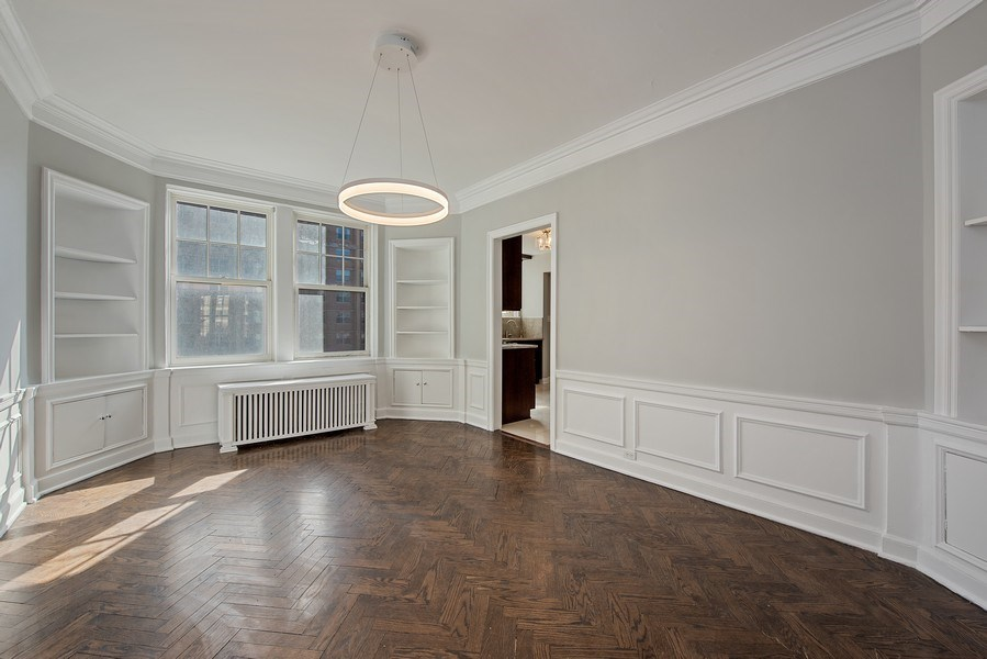 Real Estate Photography - 421 W. Melrose Street, Unit 12C, Chicago, IL, 60657 - Dining Room