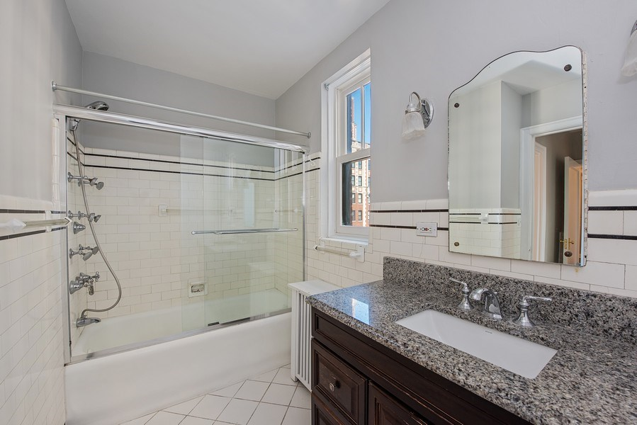 Real Estate Photography - 421 W. Melrose Street, Unit 12C, Chicago, IL, 60657 - 2nd Bathroom