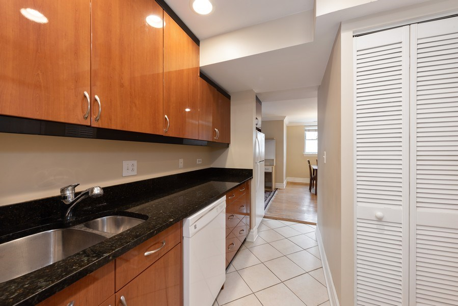 Real Estate Photography - 2133 N. Kedzie Boulevard, Unit G, Chicago, IL, 60647 - Kitchen