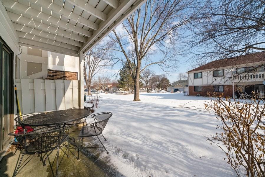 Real Estate Photography - 1052 Southbury Ln, B1, Wheeling, IL, 60090 - Patio