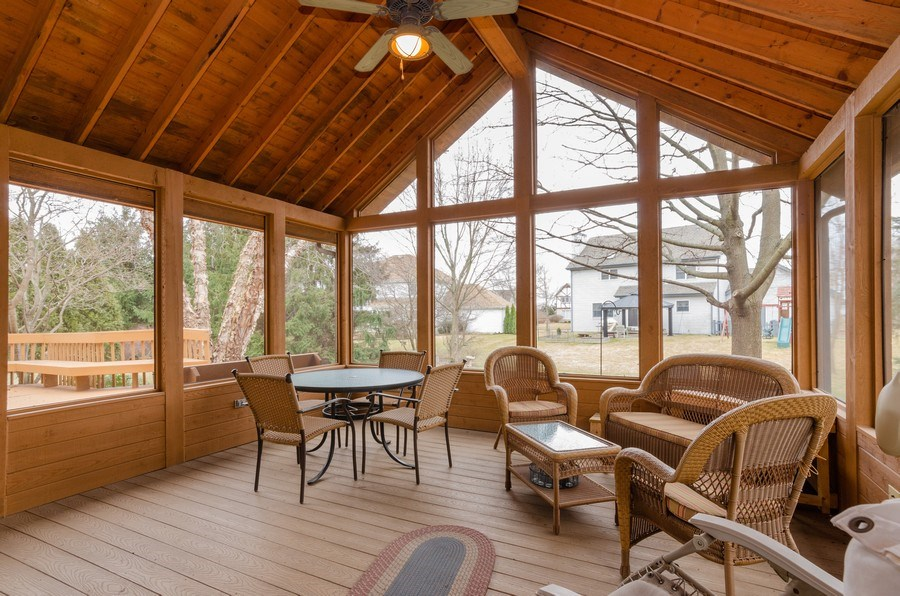 Real Estate Photography - 936 Pember Circle, West Dundee, IL, 60118 - Sun Room