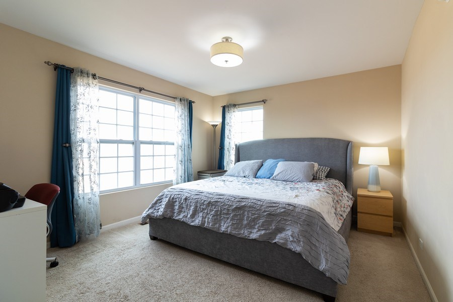 Real Estate Photography - 7500 SAVOY Lane, Unit A, Bridgeview, IL, 60455 - Master Bedroom