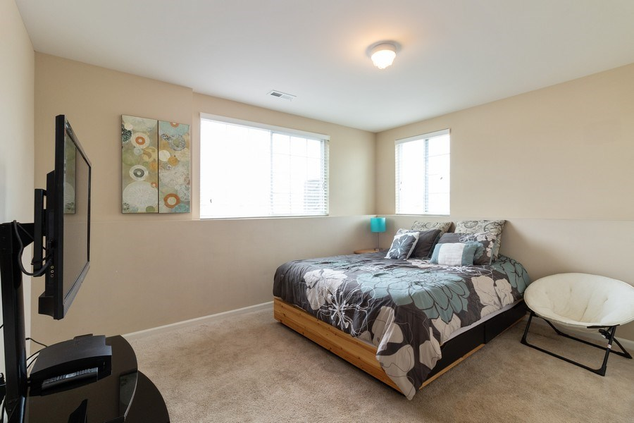 Real Estate Photography - 7500 SAVOY Lane, Unit A, Bridgeview, IL, 60455 - Family Room