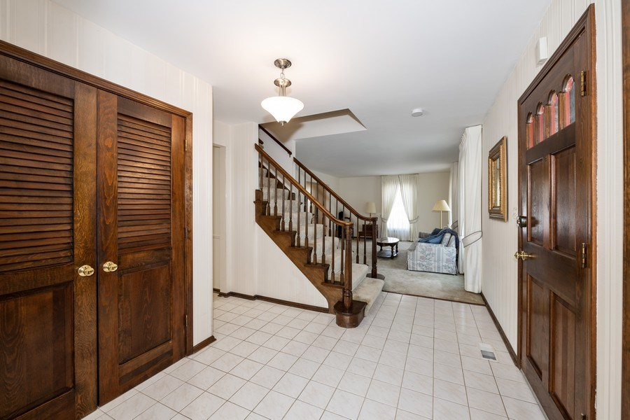 Real Estate Photography - 924 IROQUOIS Avenue, Naperville, IL, 60563 - Entryway