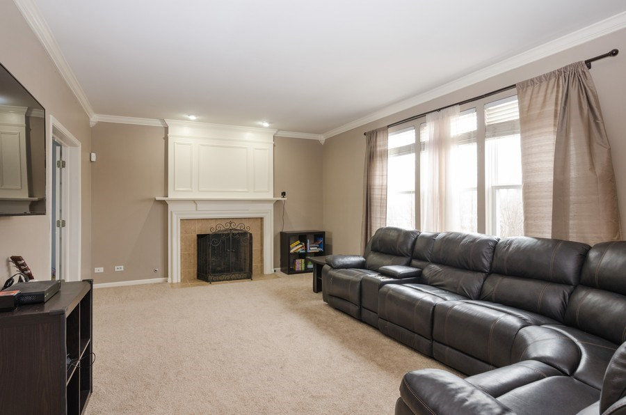 Real Estate Photography - 4700 WHITEHALL Court, Algonquin, IL, 60102 - Family Room