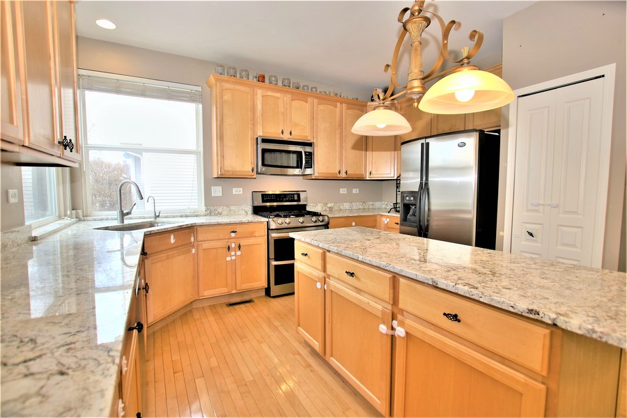 Real Estate Photography - 4700 WHITEHALL Court, Algonquin, IL, 60102 - Kitchen
