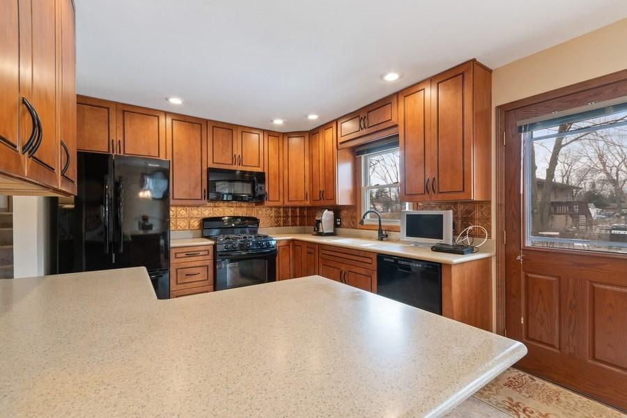 Real Estate Photography - 1N526 Goodrich Avenue, Glen Ellyn, IL, 60137 - Kitchen