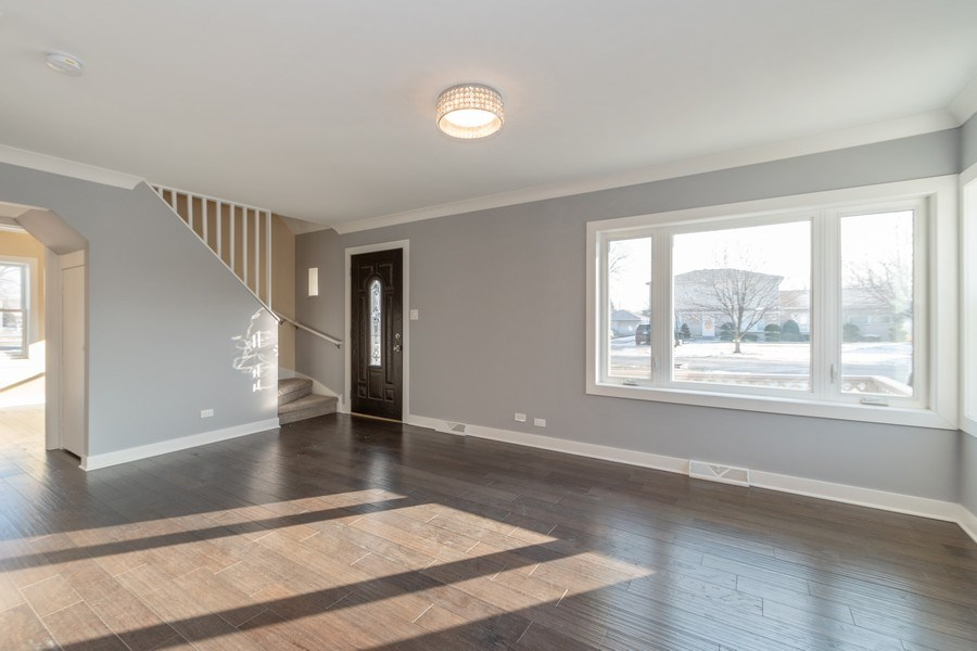 Real Estate Photography - 8208 Rutherford Avenue, Burbank, IL, 60459 - Living Room