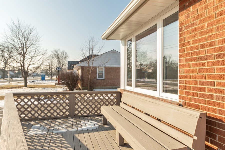 Real Estate Photography - 8208 Rutherford Avenue, Burbank, IL, 60459 - Deck