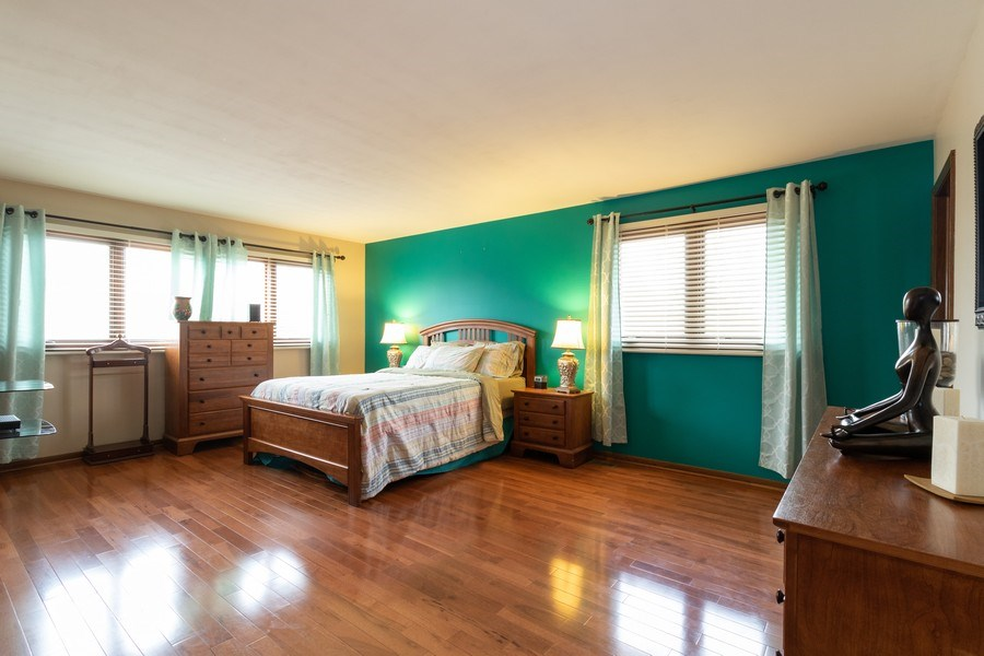 Real Estate Photography - 3108 Bonnie Brae, Flossmoor, IL, 60422 - Master Bedroom