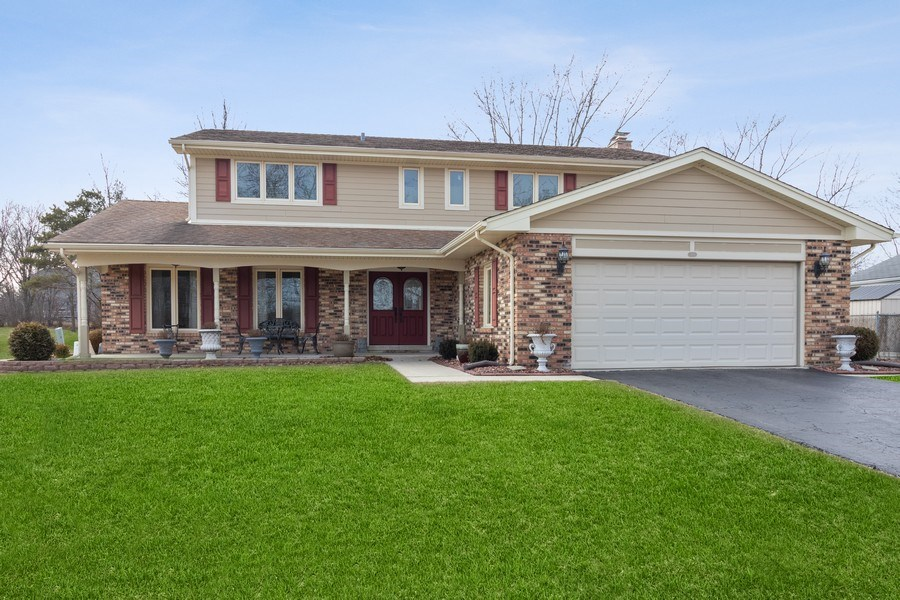 Real Estate Photography - 3108 Bonnie Brae, Flossmoor, IL, 60422 - Front View