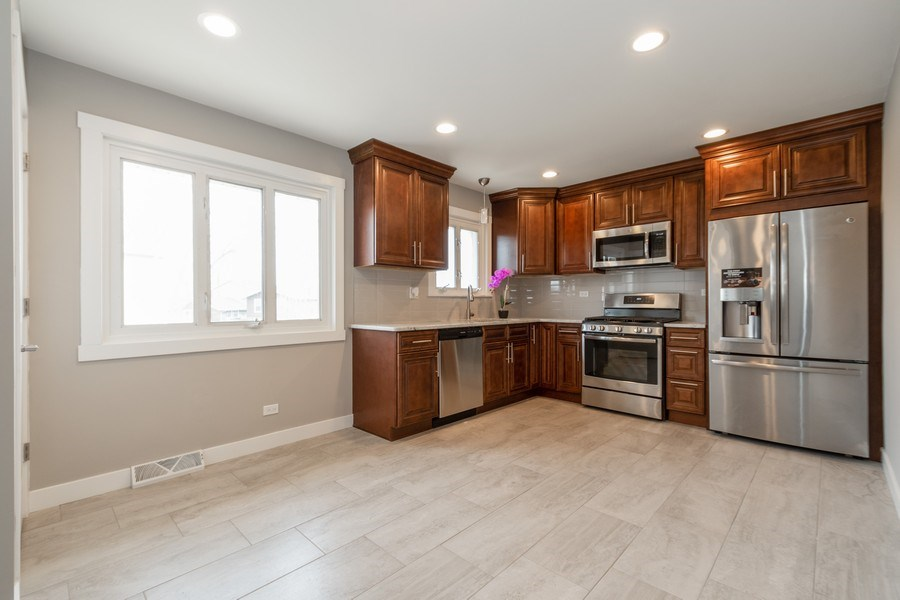 Real Estate Photography - 16420 Roy Street, Oak Forest, IL, 60452 - Kitchen / Breakfast Room