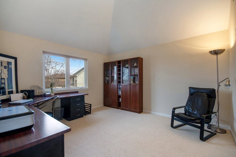 Real Estate Photography - 2152 COUNTRY LAKES Drive, Naperville, IL, 60563 - 3rd Bedroom