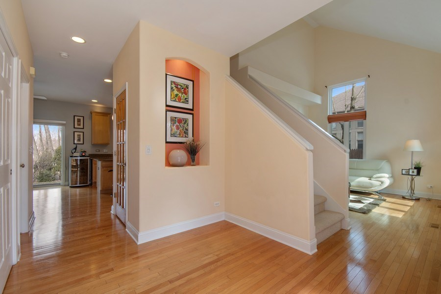 Real Estate Photography - 2152 COUNTRY LAKES Drive, Naperville, IL, 60563 - Foyer