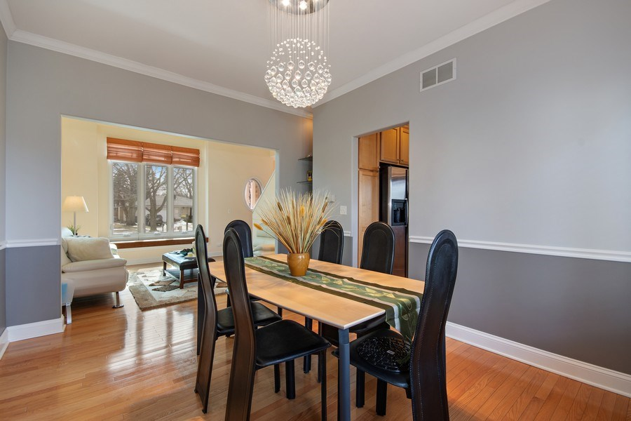 Real Estate Photography - 2152 COUNTRY LAKES Drive, Naperville, IL, 60563 - Dining Room