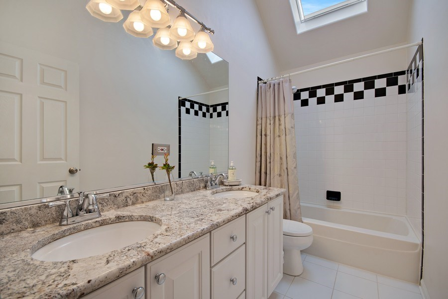 Real Estate Photography - 2152 COUNTRY LAKES Drive, Naperville, IL, 60563 - 2nd Bathroom