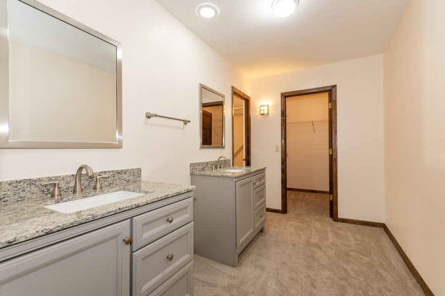 Real Estate Photography - 115 Dunham Place Commons, Unit 115, St. Charles, IL, 60174 - Master Bathroom