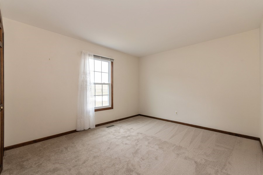 Real Estate Photography - 115 Dunham Place Commons, Unit 115, St. Charles, IL, 60174 - 3rd Bedroom