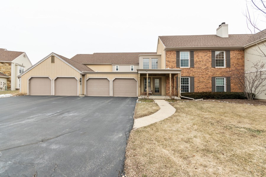 Real Estate Photography - 115 Dunham Place Commons, Unit 115, St. Charles, IL, 60174 - Front View