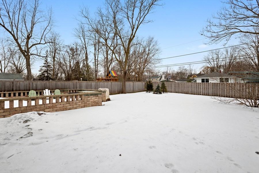 Real Estate Photography - 735 S. Grove Avenue, Barrington, IL, 60010 - Back Yard