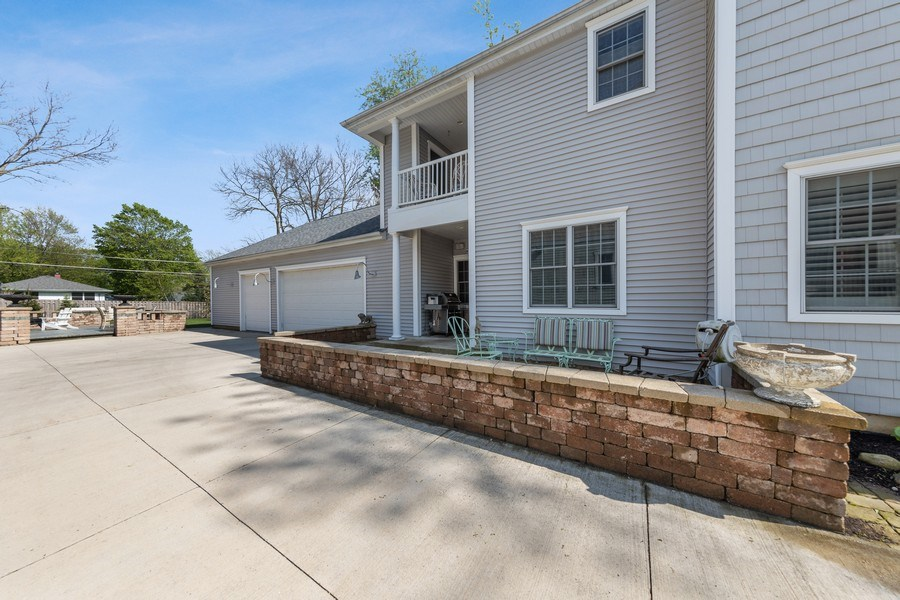 Real Estate Photography - 735 S. Grove Avenue, Barrington, IL, 60010 - Side View