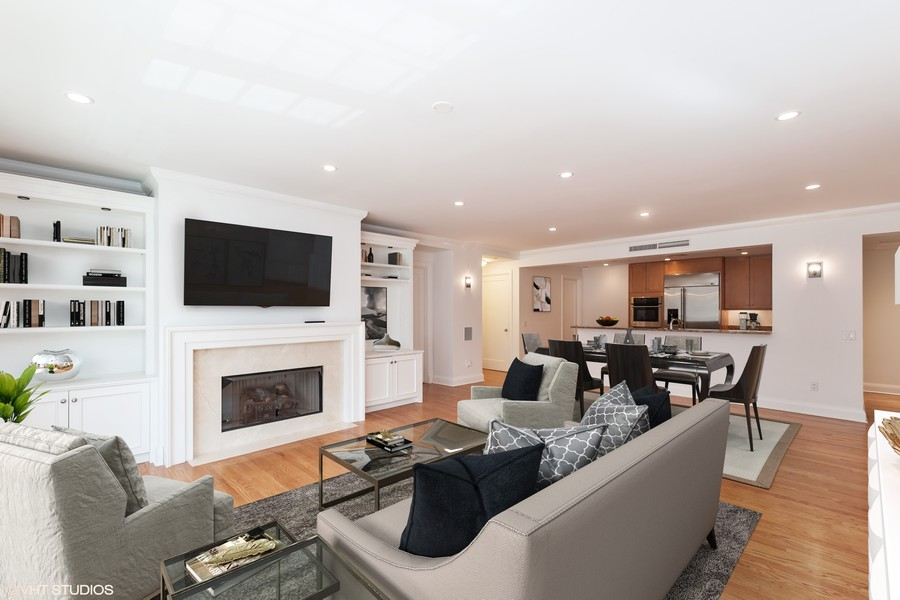 Real Estate Photography - 270 E. Pearson Street, Unit 203, Chicago, IL, 60611 - Living Room