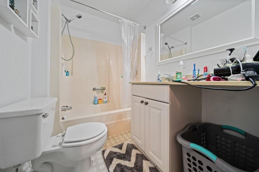 Real Estate Photography - 1115 Long Grove Drive, Aurora, IL, 60504 - Master Bath