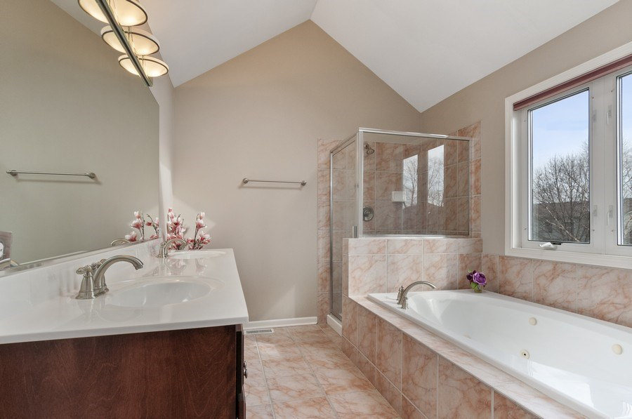Real Estate Photography - 2608 FREELAND Circle, Naperville, IL, 60564 - Master Bathroom