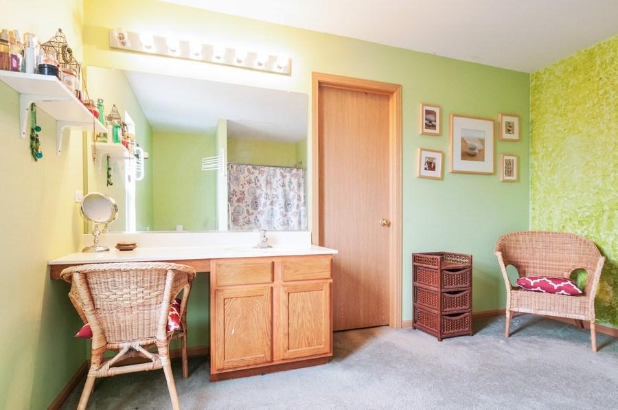Real Estate Photography - 3205 Kenilworth Lane, Montgomery, IL, 60538 - Master Bathroom