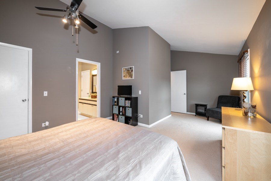 Real Estate Photography - 1424 Queensgreen Circle, Naperville, IL, 60563 - Master Bedroom